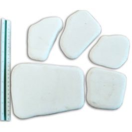 Βότσαλο λευκό πλακέ 2εκ πάχος σακούλα 18-20kg